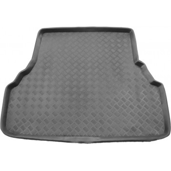 Toyota Avensis (1997 - 2003) boot protector