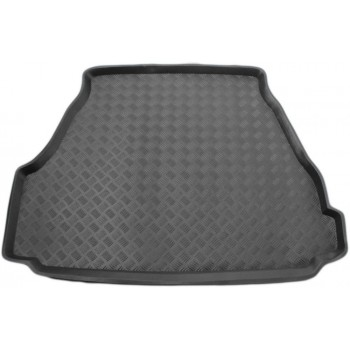 Bmw Series 5 E34 Sedan (1987 - 1996) boot protector