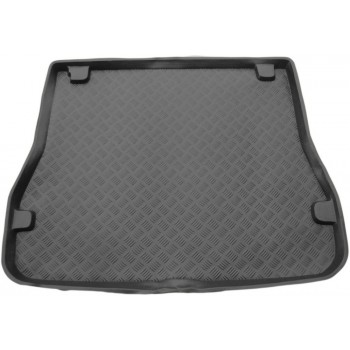 Ford Escort touring (1990 - 1999) boot protector
