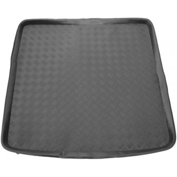 Peugeot 605 boot protector