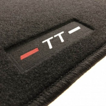 Audi TT 8N (1998 - 2006) tailored logo car mats