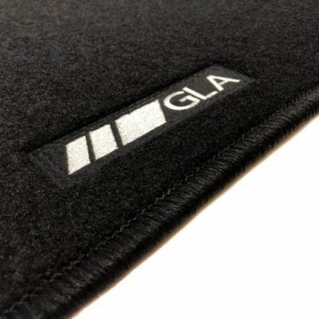 Mercedes GLA X156 Restyling (2017 - current) tailored logo car mats