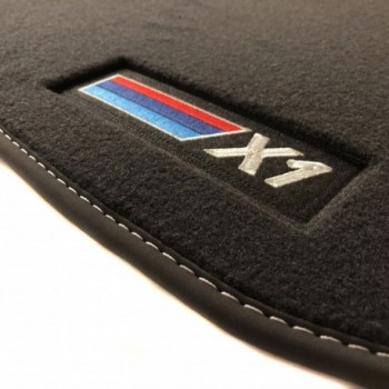 BMW X1 F48 Restyling (2019 - actualidad) Velour car mats