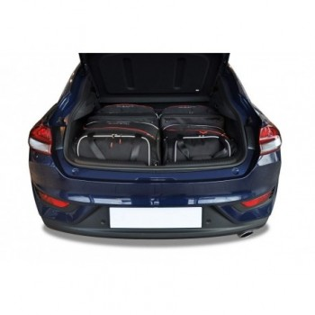 Tailored suitcase kit for Hyundai i30 Fastback (2018 - Current)