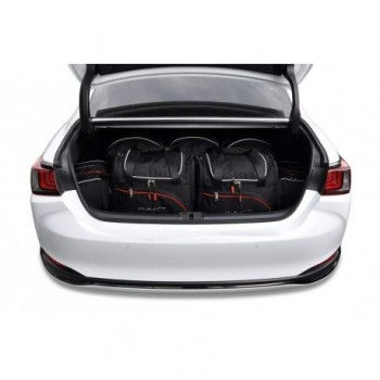 Tailored suitcase kit for Lexus ES