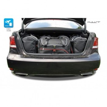 Tailored suitcase kit for Lexus LS