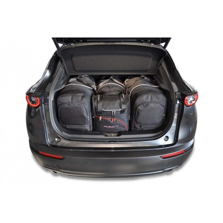 Tailored suitcase kit for Mazda CX-3