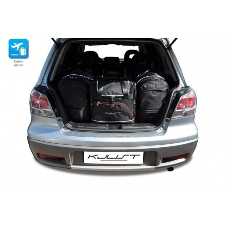 Tailored suitcase kit for Mitsubishi Outlander (2003 - 2007)