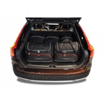 Tailored suitcase kit for Volvo V90