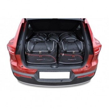Tailored suitcase kit for Volvo XC40