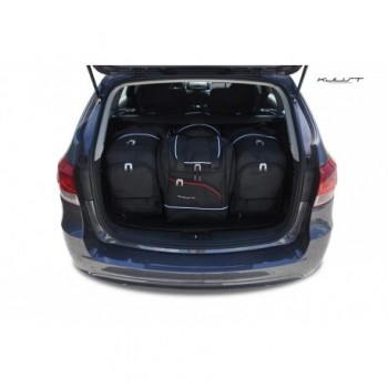 Tailored suitcase kit for Chevrolet Cruze touring