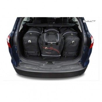 Tailored suitcase kit for Ford Focus MK3 touring (2011 - 2018)
