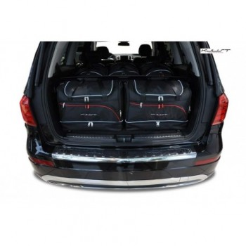 Tailored suitcase kit for Mercedes GL