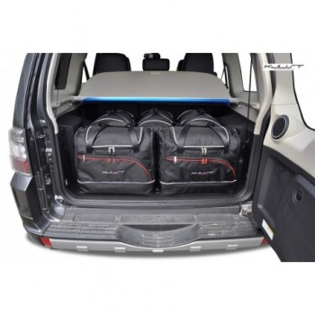 Tailored suitcase kit for Mitsubishi Pajero / Montero (2006 - Current), 5 doors