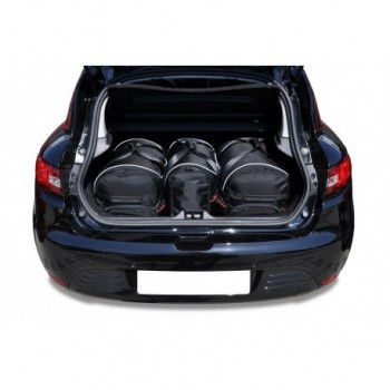 Tailored suitcase kit for Renault Clio (2012 - 2016)