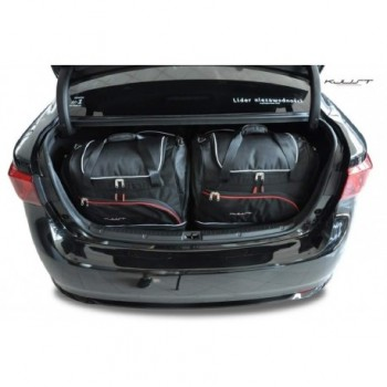 Tailored suitcase kit for Toyota Avensis Sédan (2012 - Current)