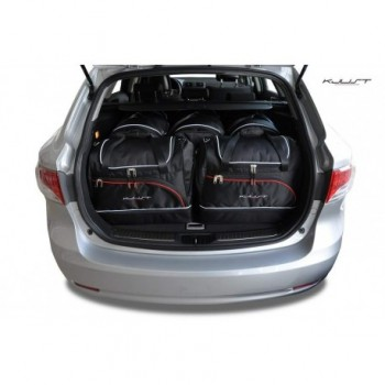 Tailored suitcase kit for Toyota Avensis Touring Sports (2012 - Current)
