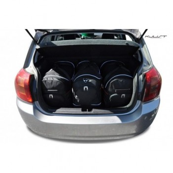 Tailored suitcase kit for Toyota Corolla (2002 - 2004)