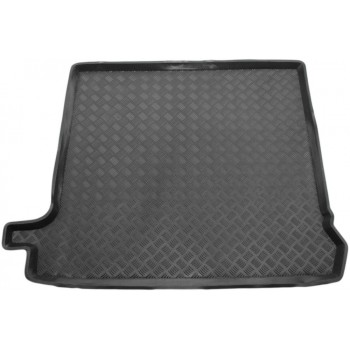 Renault Trafic (2014-current) boot protector