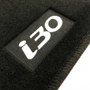 Hyundai i30 5 doors (2007 - 2012) tailored logo car mats