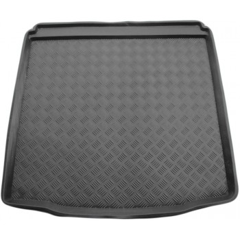 Chevrolet Cruze boot protector