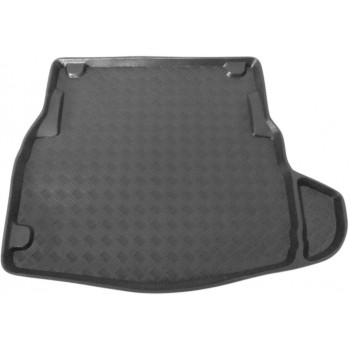 Mercedes C-Class W205 Sedan (2014 - current) boot protector