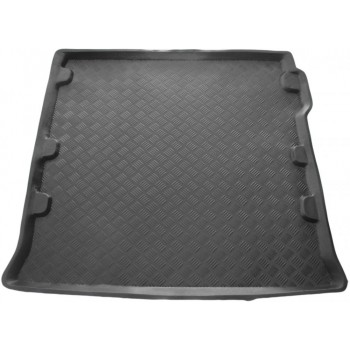 Nissan Pathfinder (2005 - 2013) boot protector