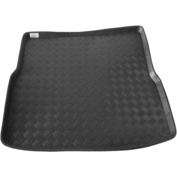 Toyota Avensis touring Sports (2003 - 2006) boot protector