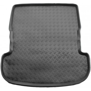 Toyota Avensis Verso boot protector