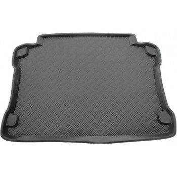 Toyota Yaris Verso boot protector