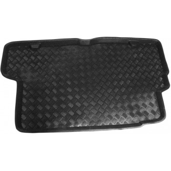 Volvo S70 boot protector
