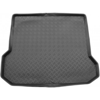 Volvo XC70 (2007 - 2016) boot protector
