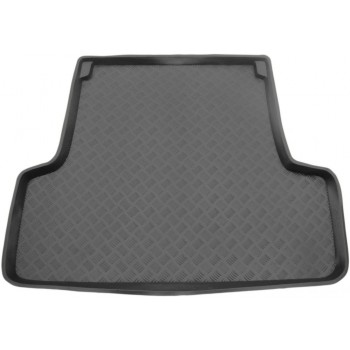 Mercedes C-Class S202 touring (1996 - 2000) boot protector