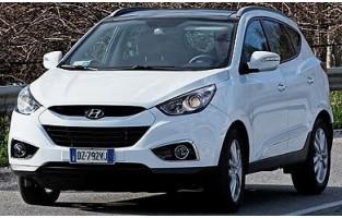 Hyundai Tucson (2009 - 2015) economical car mats
