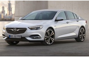 Opel Insignia Grand Sport (2017 - Current) reversible boot protector
