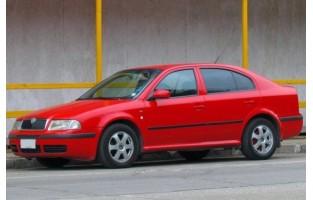 Skoda Octavia Hatchback (2000 - 2004) economical car mats