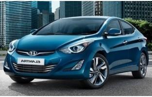 Hyundai Elantra 5 economical car mats