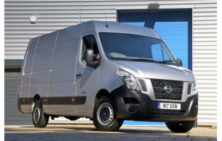 Nissan NV400 first generation