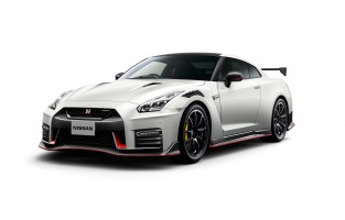 Tailored suitcase kit for Nissan GT-R