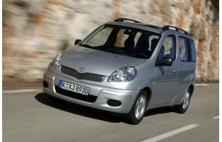 Toyota Yaris Verso economical car mats
